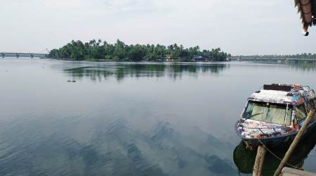 Amid lockdown, Kerala govt boat ferries lone passenger – a girl – to enable her to take exam