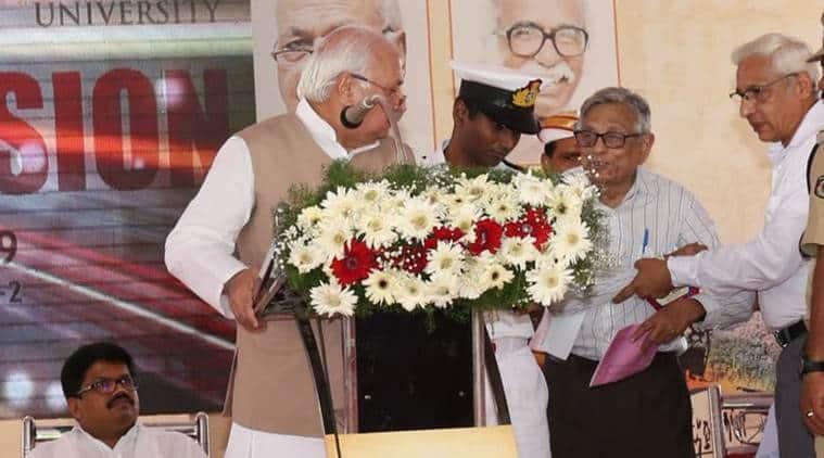 Kerala Guv faces protests over CAA at History Congress event, historian Irfan Habib interrupts his speech