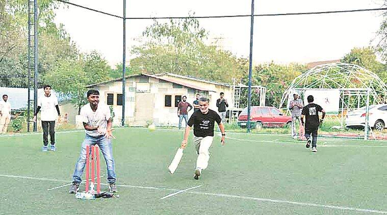 Friendly cricket game between nephrologists, their patients: 'They are not held back because of dialysis'