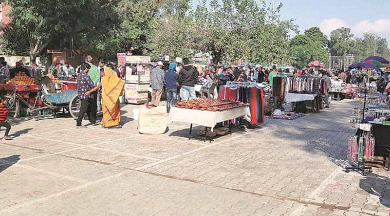 chandigarh municipal corporation, chandigarh street vendors, refurbishment, chandigarh news, indian express