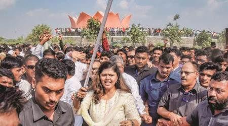 Knives out against Fadnavis as BJP rebels unite at Gopinath Gad