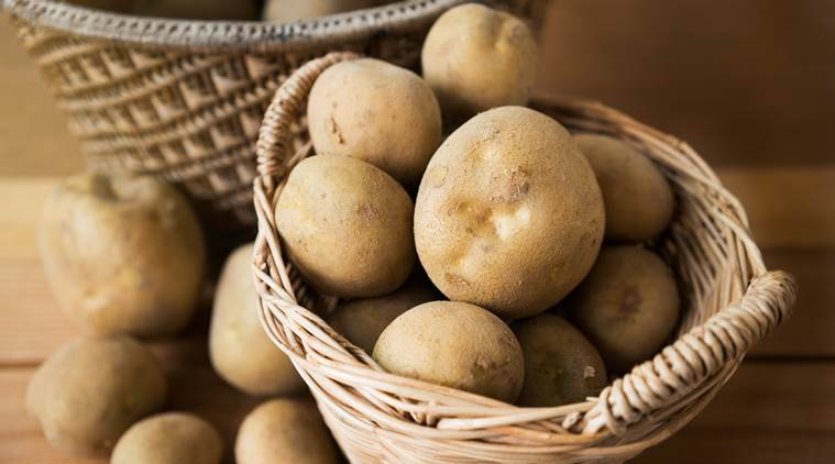mcx potato futures, MCX seeks Sebi approval to re-launch potato contracts, mcx potato contracts, Multi Commodity Exchange (MCX), potato trade news, commodity market news, business news, indian express business