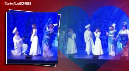 aladdin propose jasmine, onstage aladdin propose jasmine, unusual proposal, viral news, indian express
