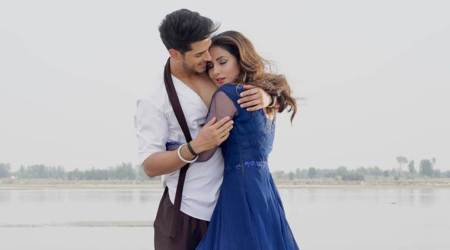 hina khan song