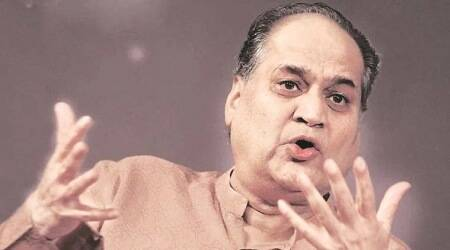 Rahul Bajaj expresses concerns over lack of confidence among corporates to criticise Modi govt; Amit Shah listens