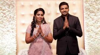 Actor Sathish ties the knot with Sindhu