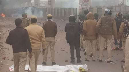 Citizenship law protests turn violent in Seelampur: 12 policemen are injured