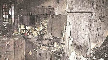 Delhi: Three women dead in fire at Shalimar Bagh building