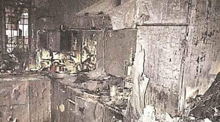 shalimar bagh fire, Shalimar Bagh building fire death toll. delhi shalimar bagh, delhi fire service, delhi city news