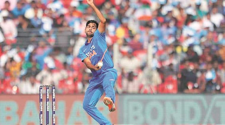 Virat gets big honor, Kohli among the five best cricketers