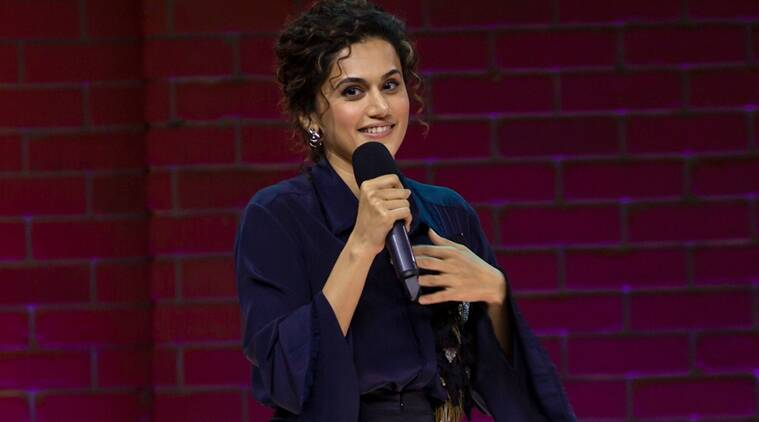 taapsee pannu one mic stand