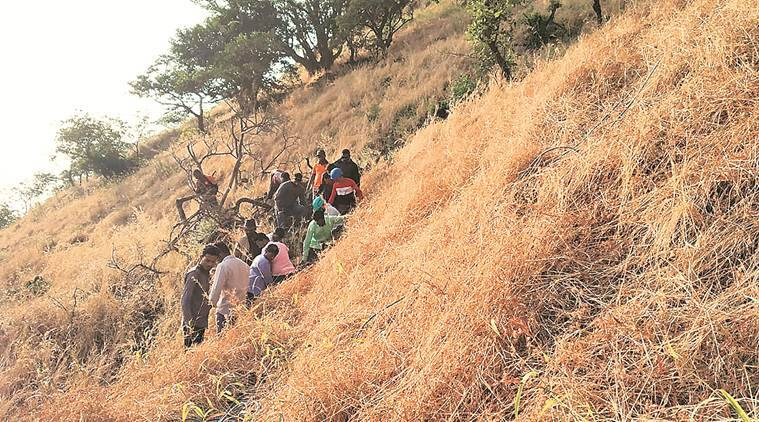 student falls from Tikona fort, boy falls from Tikona fort, boy's death Tikona fort, pune city news
