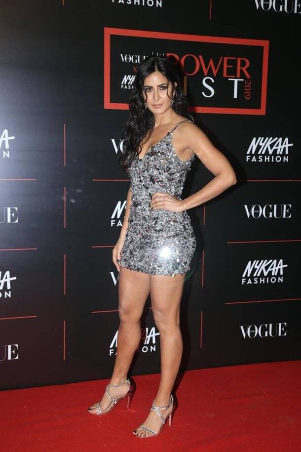 fashion hits and misses, priyanka chopra latest photos, katrina kaif latest photos, kareena kapoor latest photos, deepika padukone latest photos, bollywood news, bollywood fashion, indian express