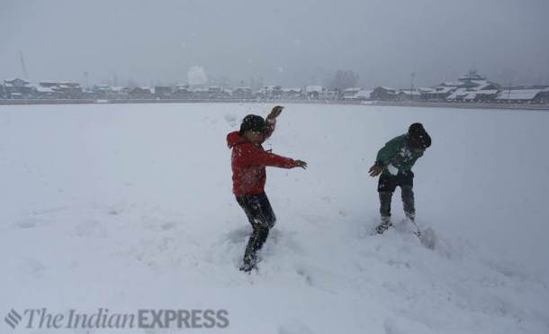 kashmir snowfall, kashmir weather, srinagar weather, bandipore snowfall, snow kashmir, latest news, indian express