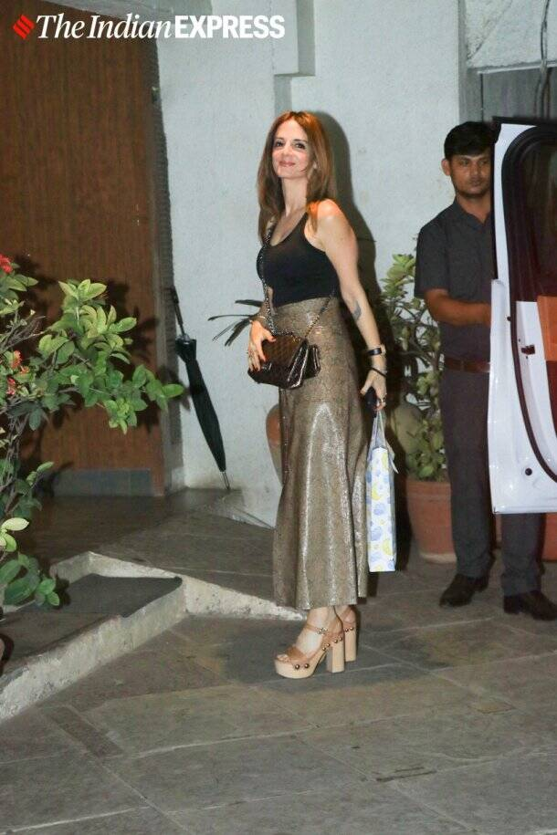 sussanne khan at Goldie Behl birthday party