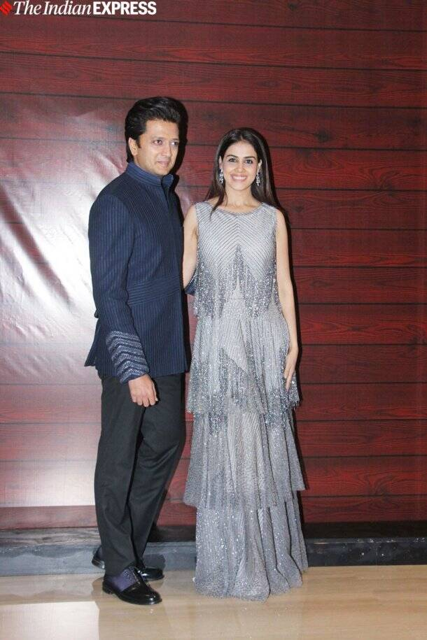 riteish deshmukh with genelia deshmukh at javed akhtar birthday party