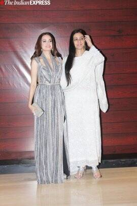 tabu and dia mirza at javed akhtar birthday party