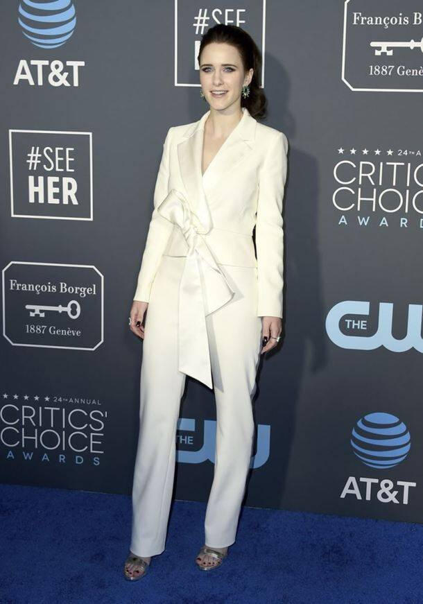 best looks of all time, critics choice awards, best looks, iconic looks of critic choice awards.