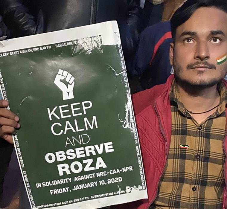 Protest enters 32nd day: At Shaheen Bagh protest, roza, with Gandhi