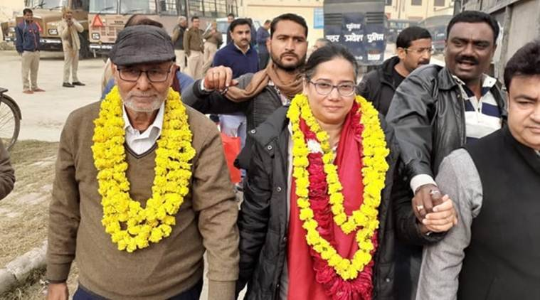 Sadaf Jafar, Darapuri walk out of jail, Anti caa protests, citizenship amendment act, Uttar Pradesh Police, Sadaf jafar bail, Indian express