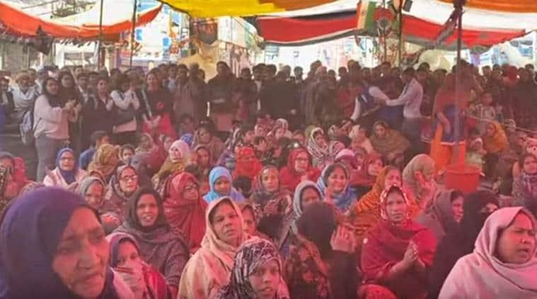 Shaheen Bagh, Shaheen Bagh Gandhi bhajans, Shaheen Bagh Mahatma Gandhi, Jamia Millia CAA protest shooting, indian express news