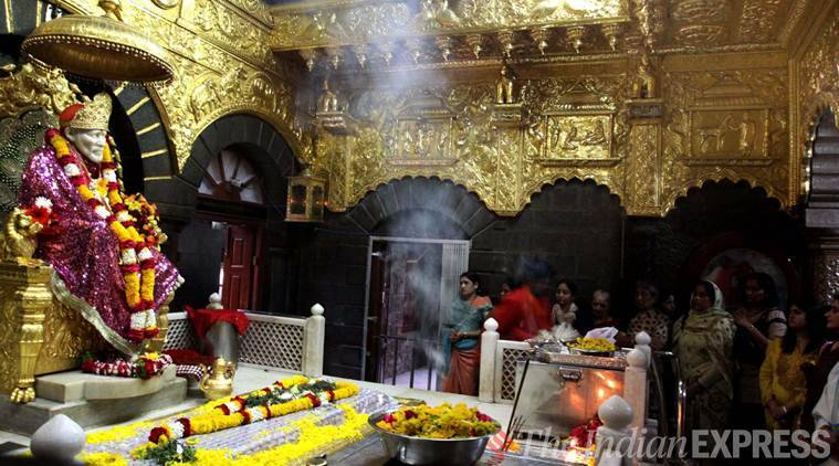 Shirdi bandh: Devotees pour in at Sai Baba temple, shops remain shut amid protests