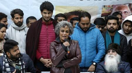 Arundhati Roy, CAA, anti-CAA, JAMIA, jantar mantar, JNU attack, Jamia attack, NRC, muslims, hindus, refugees, citizenship amendment act, who is a citizen, eye 2020, sundayeye, indianexpress, amit shah, narendra modi, jnu attack, deepika padukone jnu,