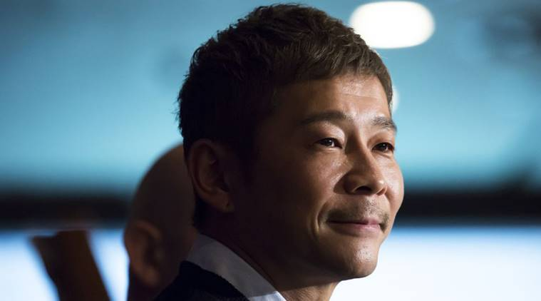 Japanese billionaire seeks girlfriend for voyage around the moon