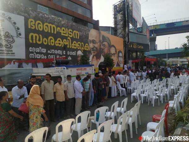 Kerala LDF, Kerala LDF anti-CAA human chain, Kerala human chain against CAA, Pinarayi Vijayan anti-CAA human chain, Kerala news, Indian express
