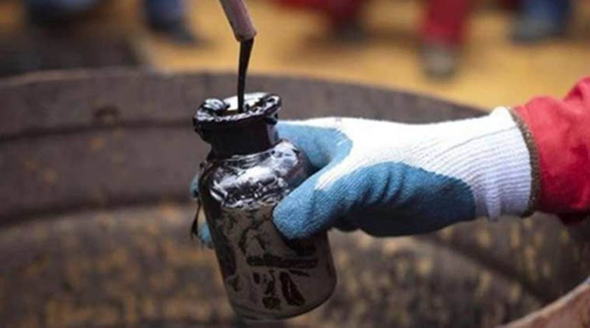 crude oil prices today, global oil prices wednesday, crude oil market news, brent crude oil price update, commodity market news, business news, indian express business
