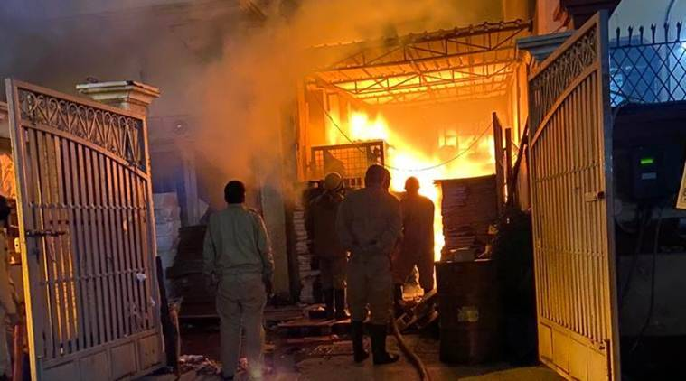 Patparganj fire, Patparganj fire death toll, Patparganj industrial area fire, delhi fire service, delhi city news