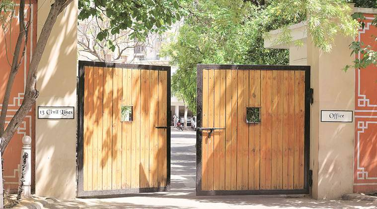 Rajasthan news, Ashok Gehlot, Ashok Gehlot official residence, Vasundhara Raje official residence, Ashok Gehlot government bungalow, Indian express