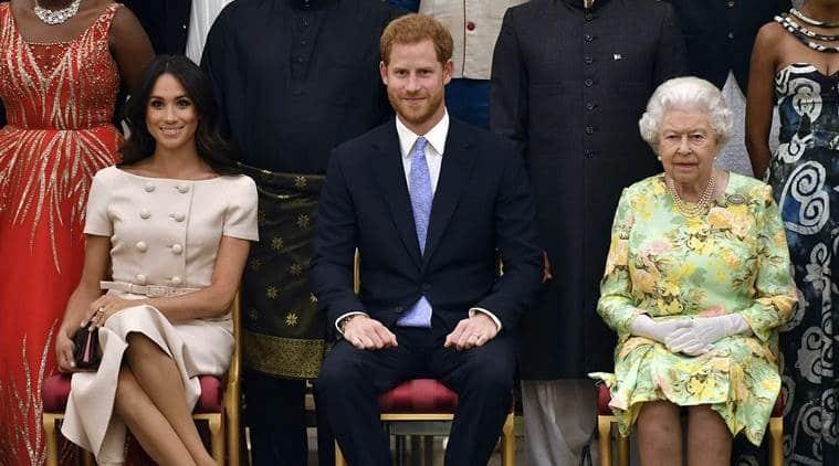 queen elizabeth II, queen elizabeth on price harry's decision, prince harry, meghan markle, Prince harry meghan markle step back as royals, british royal family, prince harry meghan markle