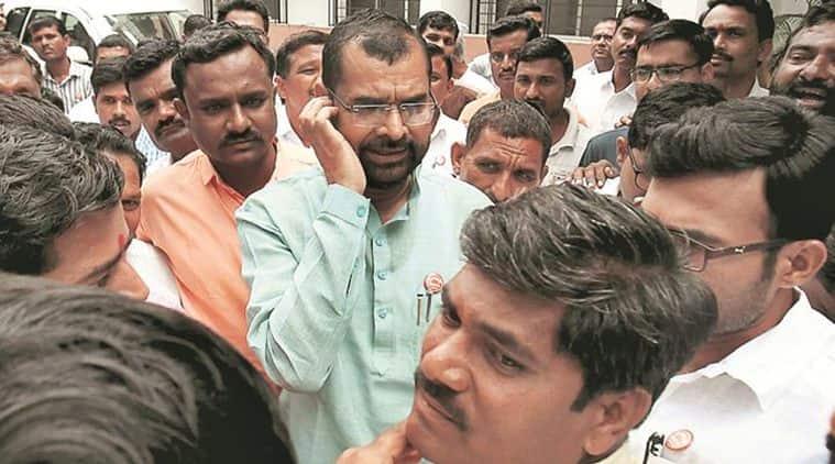 Maharashtra: Instrumental in Raju Shetti's Lok Sabha loss, former MoS to float new party