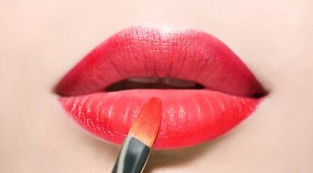 ombre lips, how to get fuller lips, how to get plump lips, ombre lip trend, makeup tips, makeup hacks, lifestyle, makeup, indian express