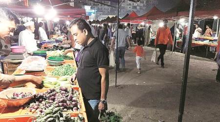 pune weekly vegetable markets survey, pune market surveys, pune illegal markets, pune municipal corporation, pune city news