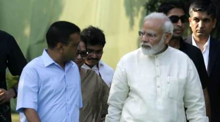 Arvind Kejriwal invites PM Modi to his swearing-in ceremony on Sunday