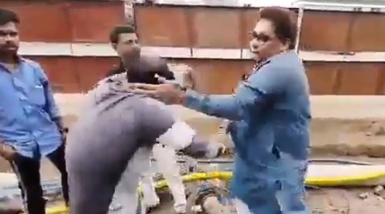NCP leader video assaulting workers, ncp leader kaptan malik, ncp leader kaptan malik viral video, ncp leader thrashes labourers, mumbai city news
