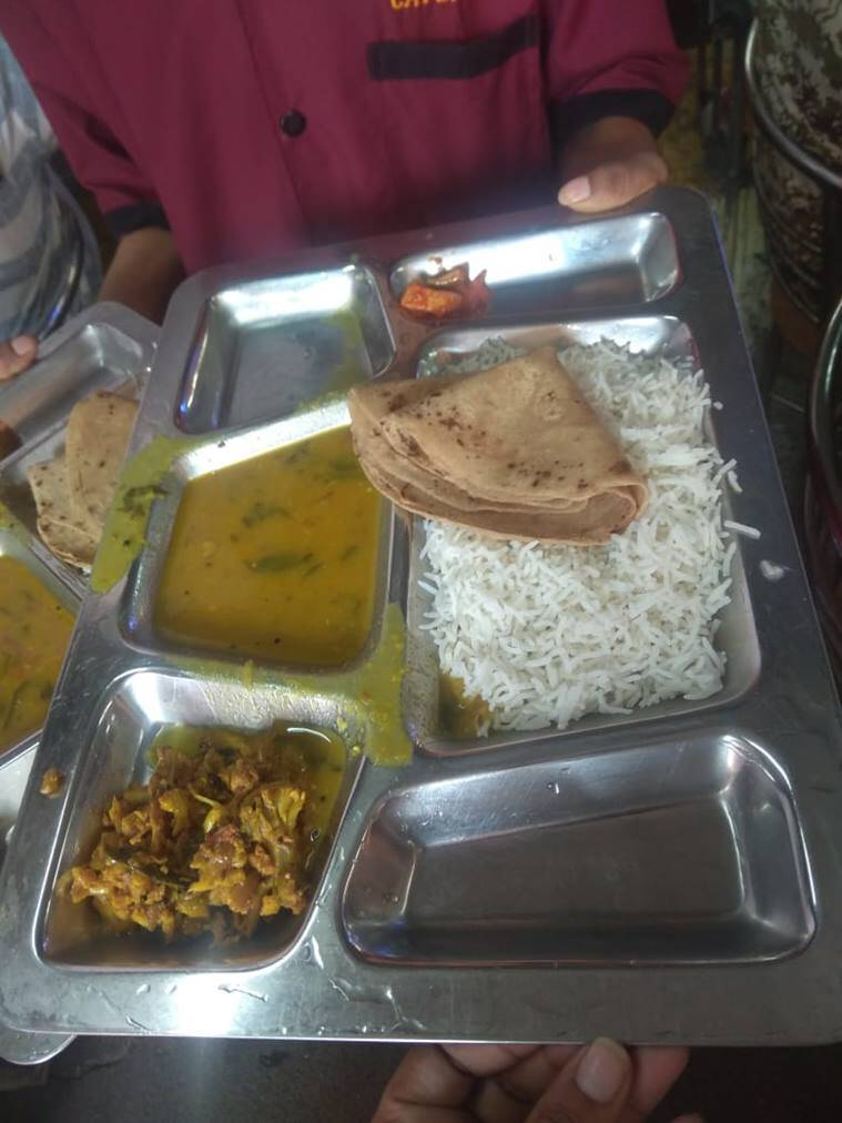 Image result for Maharashtra launches Rs 10 lunch plate scheme on pilot basis