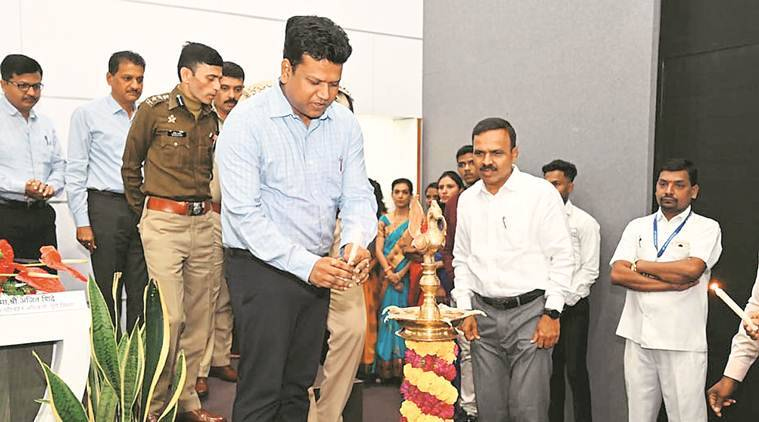 pune news, pune city news, maharashtra news, Pune District Collector, maintenance of roads, road mishaps, road accidents, indian express news