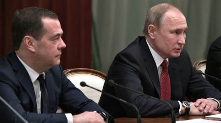 russian govt resigns, russia prime minister resigns, Dmitry Medvedev russia, vladimir putin russia president