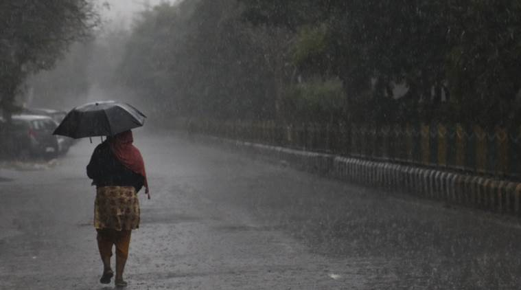 Delhi-NRC wakes up to cloudy skies and rains