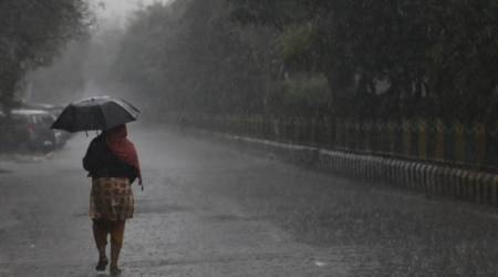 Heavy rains lash Delhi, hailstorm predicted in evening