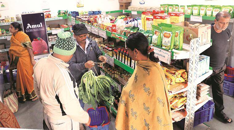 food inflation, West bengal food inflation, West bengal food prices, West bengal farmers, food prices, returns to farmers, indian express