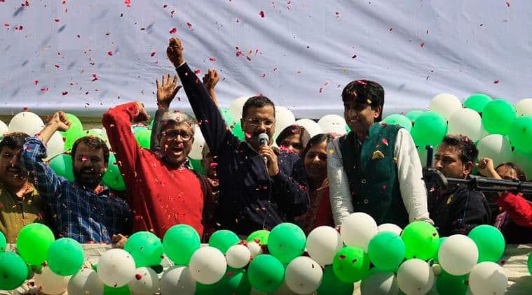 AAP dissents on kejriwal, Yogendra Yadav on AAp, Prashant Bhushan on ARvind Kejriwal, Ahsutosh on delhi elections, Delhi news, Delhi assembly elections 2020, How AAP dissents see Delhi election, Indian express