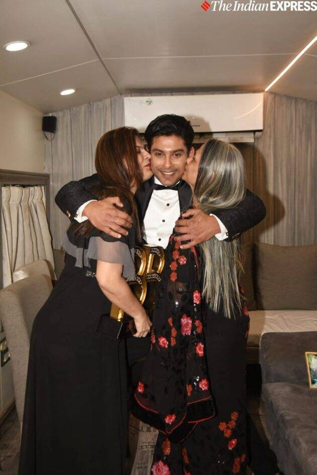 Sidharth Shukla with his family
