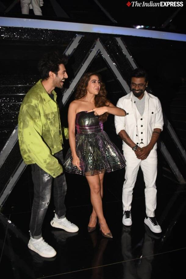 kartik sara ali khan promote love aaj kal on dance plus 5