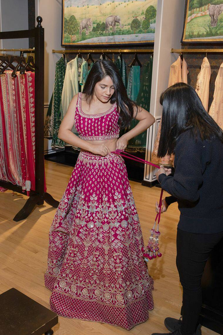 Indian wedding, indian wedding lehenga, indian bride lehenga, lehenga anita dongre, Sabyasachi, Chandni Chowk, indian express news