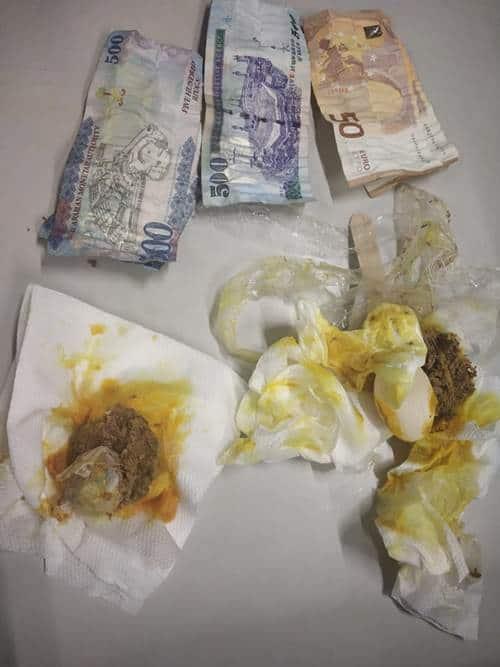 IGI airport smuggling, IGI airport smuggling peanuts, IGI airport smuggling meatballs, Delhi city news