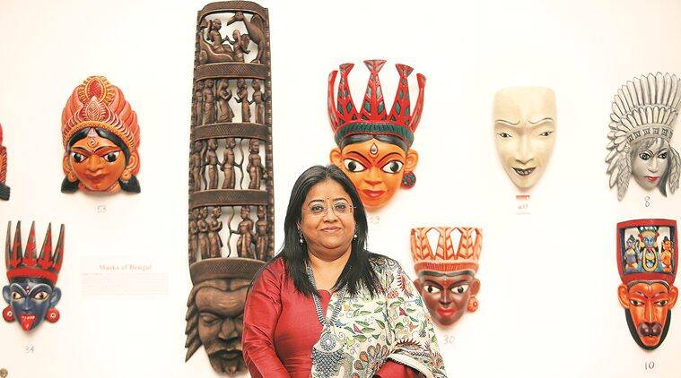 Sharmila Sen, Kalighat paintings, work on conch shells, painting exhibition delhi, Bengal's traditional crafts, indian express news